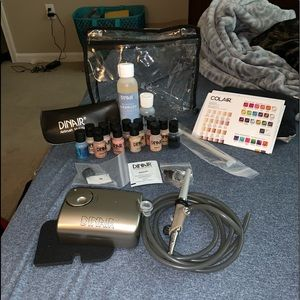NWOT Dinair professional makeup airbrush kit
